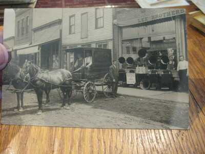 EDISON PHONOGRAPH WAGON + CYLINDER RECORD PLAYERS W/ HORNS  POSTCARD