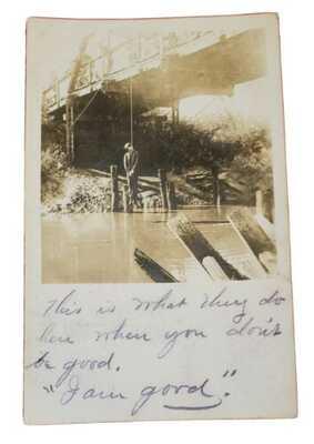 Lynching of Loris Higgins on Logan Bridge, NE. Photo Postcard. Posted 1907. Exc.