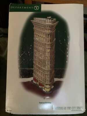 Dept 56 Christmas In The City Flatiron Building NIB Box Has Slight Wear