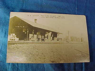 1912 NORTHERN PACIFIC Railroad DEPOT Real Photo POSTCARD From TOSTON MONTANA