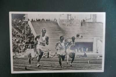 JESSE OWENS 1936 BERLIN OLYMPICS OFFICIAL POSTCARD IN SUPERB CONDITION