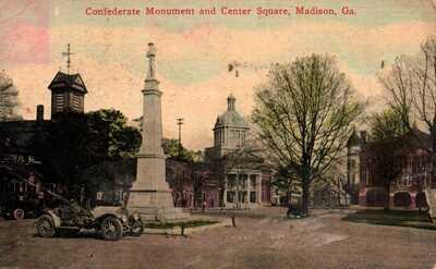 Madison, Georgia, Confederate Monument, Center Square - Postcard (C11)