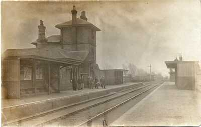 """TATTERSHALL RAILWAY STATION"" OLD REAL PHOTO POSTCARD posted TATTERSHALL 1908"