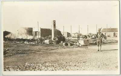 8 Vintage Postcards - Pancho Villa's raid in Columbus, N.M. in March, 1916
