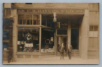 RICHMOND VA EDISON PHONOGRAPHS STORE FRONT ANTIQUE REAL PHOTO POSTCARD RPPC