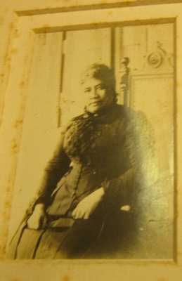 Hawaii Queen Liliuokalani old real small photo january 30 1891 silver tint