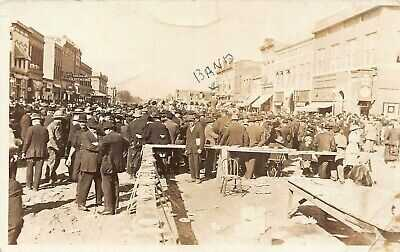 1912/1913 Wymore Nebraska NE Main Street Barbeque Roast Ox Band RPPC Postcard
