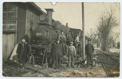 c1911 RAILROAD TRAIN 131 Railway Workers LEE CENTER ILLINOIS RPPC Postcard