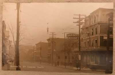 Antique RPPC Real Photo Postcard Elizabeth St Looking S Bassett House Derby CT