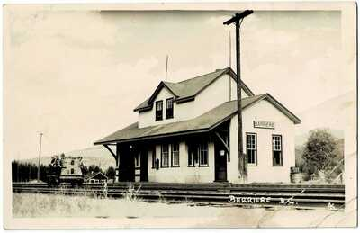Barriere, B.C., Train Station, rppc