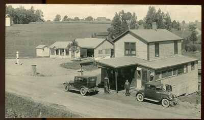 REAL PHOTO POSTCARD RPPC GAS PUMP & SERVICE STATION GUILFORD LAKE OHIO 1920's ?