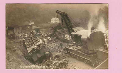 p491 | 1912 RPPC Train Wreck, Iaeger, West Virginia, real photo