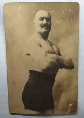 OLD PHOTO bodybuilder Mustache STRONGMAN EARLY WRESTLING MALE MAN RPPC GAY