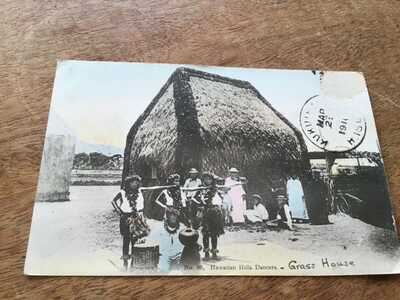 HAWAII Hula Dancers & Grass House MAILED 1910 but stamp missing POSTCARD  24/1