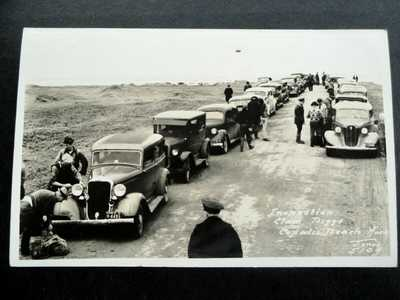 1940s RPPC Inspection Clam Diggs COPALIS BEACH, Washington OLD CARS People Photo