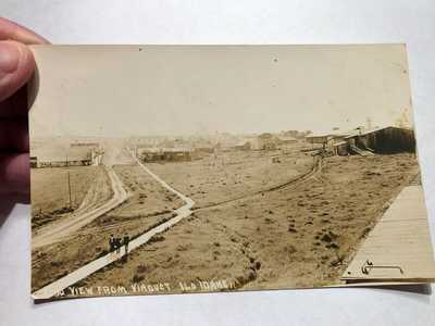 Vintage REAL PHOTO Postcard: 1916  ILO, IDAHO VIEW FROM VIADUCT - MEN WALKING