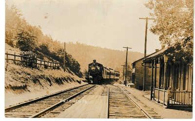 1909 RPPC Entriken Huntingdon Co PA train at station Huntingdon & Broad Top RR