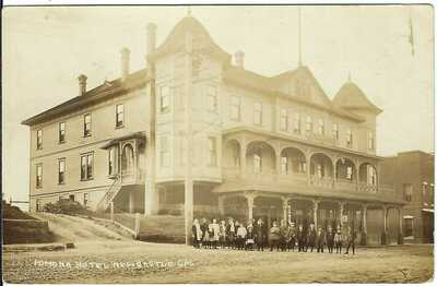 Pomona Hotel, NEWCASTLE, CAL. ~ RPPC ~ c.1911 ~ Placer County, California