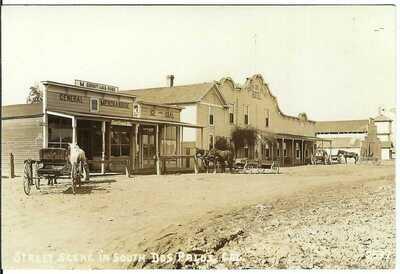 Street Scene in South DOS PALOS, CAL. ~ Merced County, California ~ RPPC