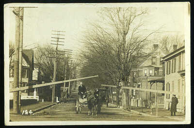 RPPC Real Photo Newark Delaware Horse Drawn Wagon at RR Crossing by Herbener