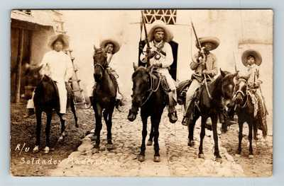 RPPC of Armed Soldiers Soldados Maderistas Mexican Revolution c1910 Postcard T11