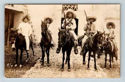 RPPC of Armed Soldiers Soldados Maderistas Mexican Revolution c1910 Postcard T11