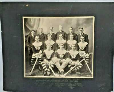 1907-08 Trenton Hockey Team Champions St. Lawrence League Large Cabinet Card