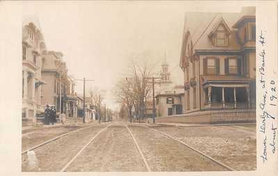 DERBY, CT ~ LOWER DERBY AVE., AT BANK ST. ~ REAL PHOTO POST CARD ~ dated 1920