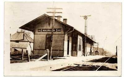 OH Ohio New Holland Railroad Train Station Depot Pickaway County Postcard RPPC