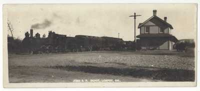 1910 Lompoc, California - REAL PHOTO Railroad DEPOT & Train - Santa Barbara Co.