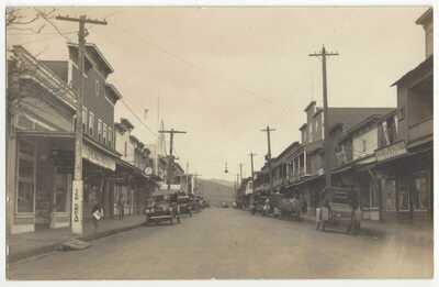 1919 Wailuku, Hawaii - RPPC Main St., Japanese Photo Studio, Maui Drug Company