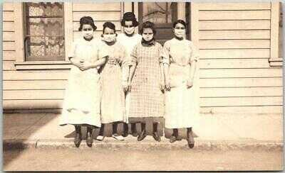 1910s RPPC Real Photo Postcard Young Women in FACE MASKS Nurses Hospital Workers