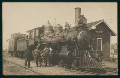 Hewitt Wisconsin Train Depot Early 1900's real Photo Postcard