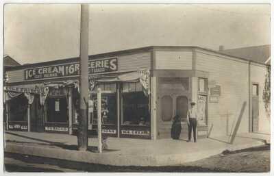 1913 Los Angeles, California RPPC Ice Cream, Tobacco, Soft Drinks, Grocery Store