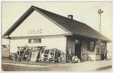 1917 Joplin, Montana - REAL PHOTO Railroad Station - Vintage DEPOT Postcard