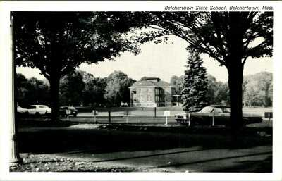 C44-5558, BELCHERTOWN STATE SCHOOL, BELCHERTOWN, MA. Postcard.