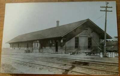 *VERY SCARCE* 1907 RPPC TRAIN DEPOT /  RAILROAD STATION PULASKI,N.Y.