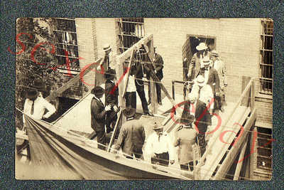 TEXAS HANGING / EXECUTION OF A BLACK MAN - circa 1923 rppc Photo GRADE 5